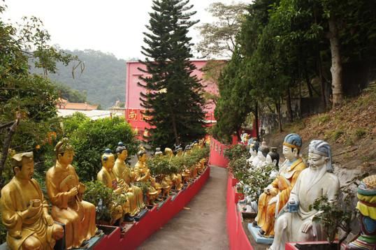 Ten Thousand Buddhas Monestary