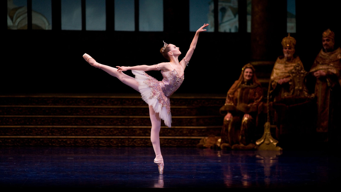 Attend the San Francisco Ballet