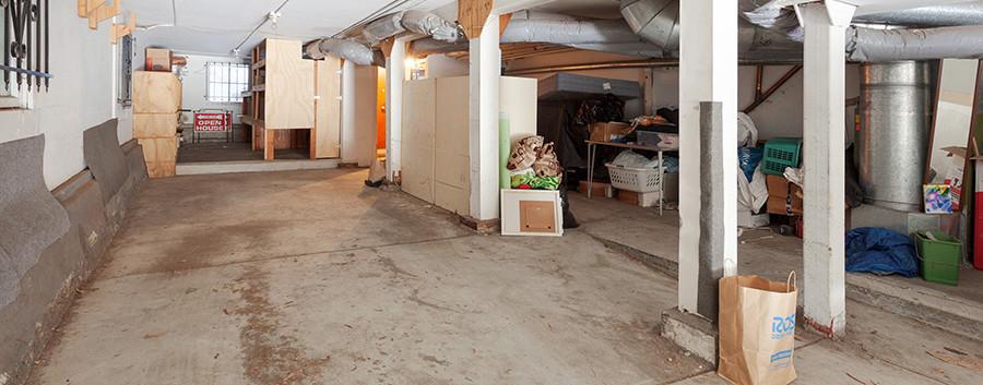 1716Fell garage.jpg