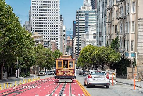 Robert  - SF Nob Hill Cable Car on Calif