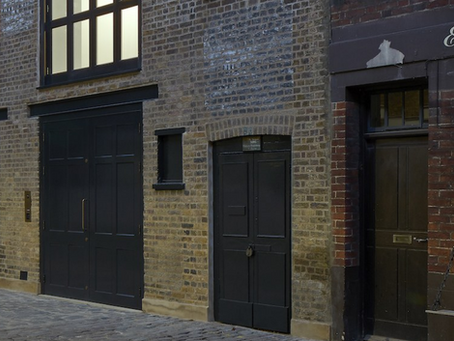 Tour a Gorgeous Victorian Mews House Turned Gallery in London