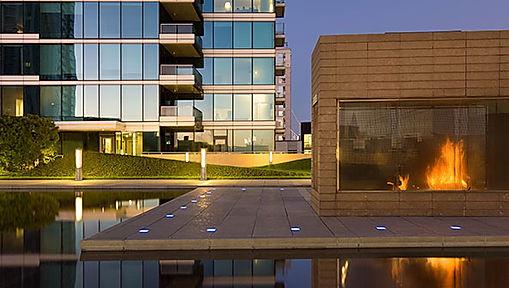 Exterior Lounge-Pool.jpg