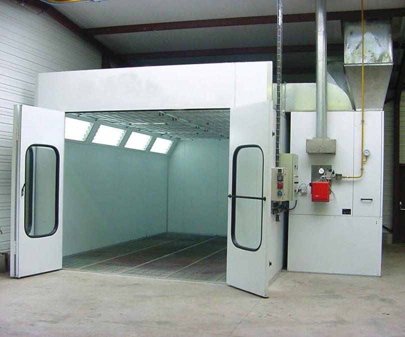 cabine-de-peinture-pour-vehicule-leger-1