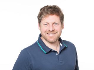 Jörg Mayer referiert beim 20. Internationalen Schulterkurs München