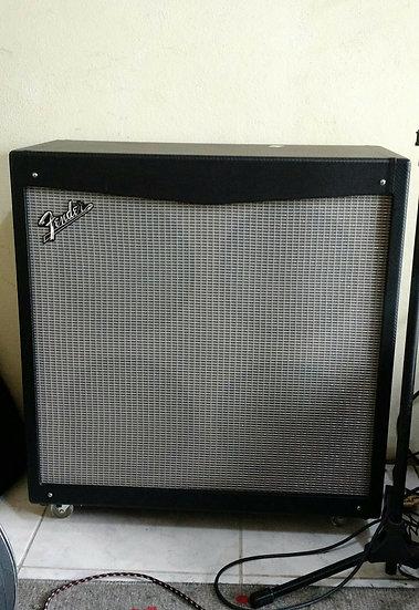 Gabinete Fender Mustang V 200w