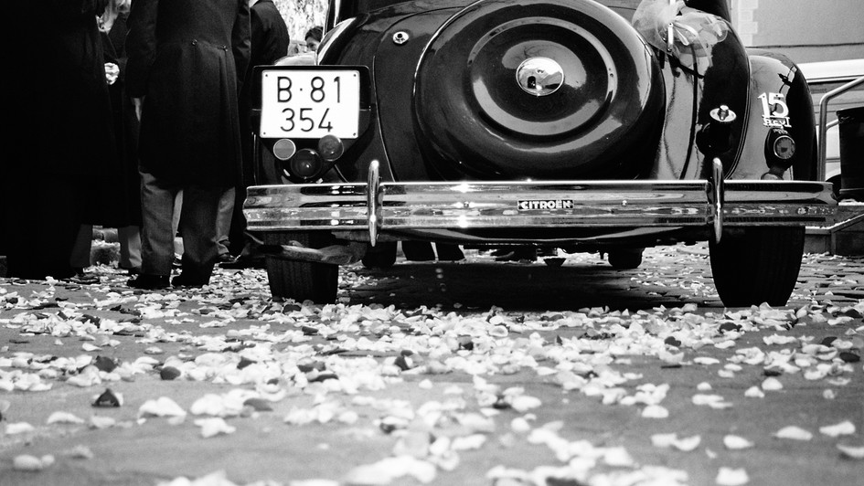 ©Alexander Schwarz_014_wedding car.jpg