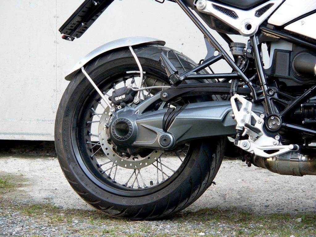 BMW Nine T