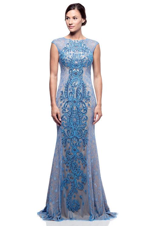 Vestido azul cielo nude