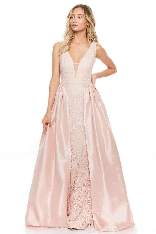Vestido rosa sobrefalda