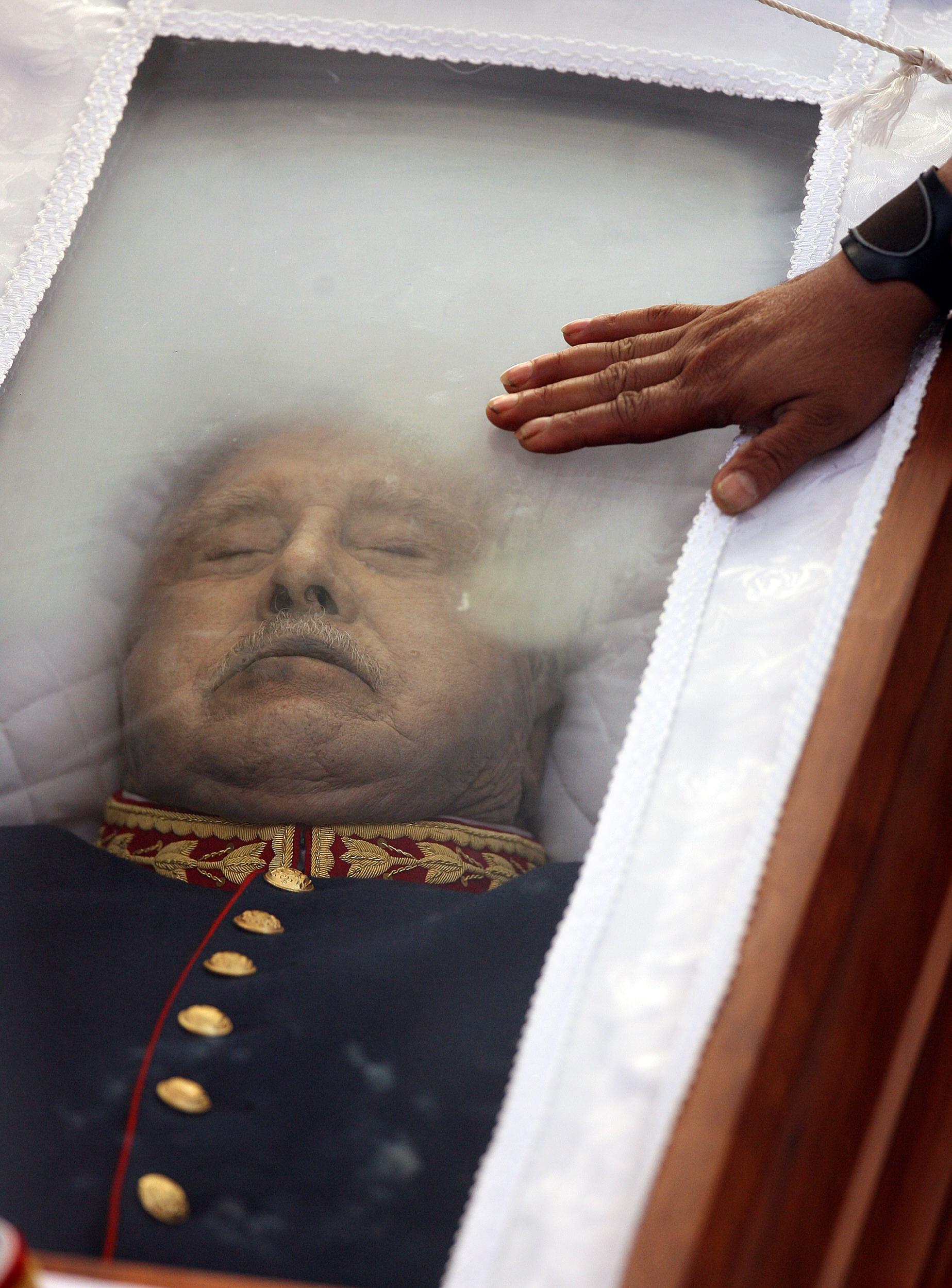 Muerte de Ex dictador A. Pinochet