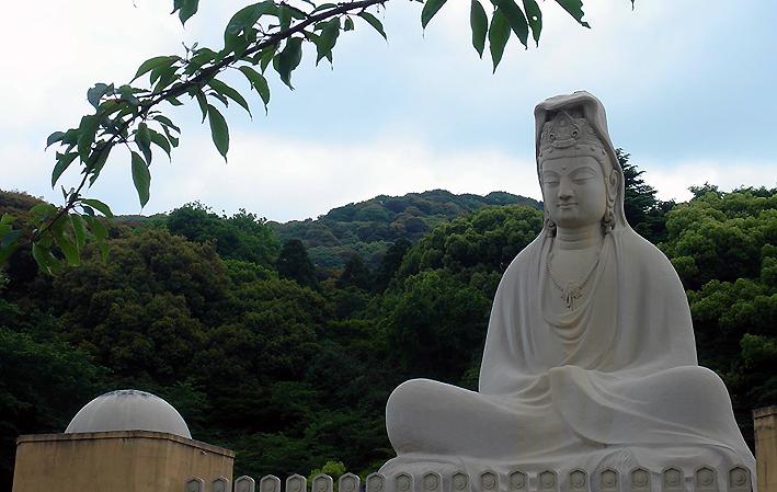 Ryōzen Kannon - 霊山観音
