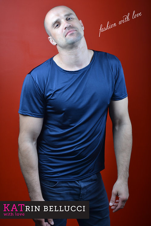 футболка полуночно-синяя (2500 руб.)