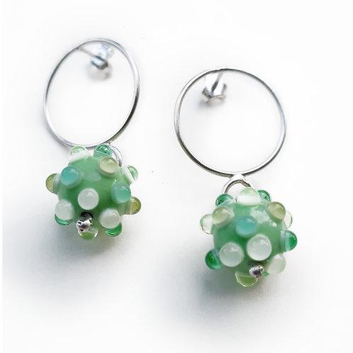 Boucles d'oreilles anneaux Virus Vert