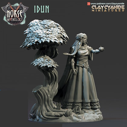 Idun from Clay Cyanide miniatures