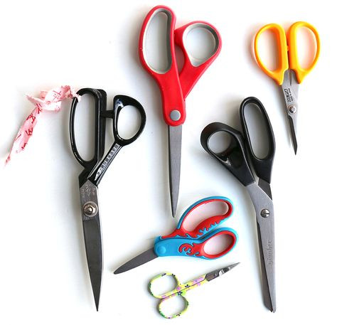 scissors - quilting supplies for beginners