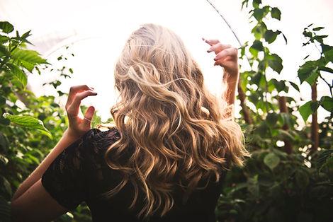 Blond Cheveux ondulés