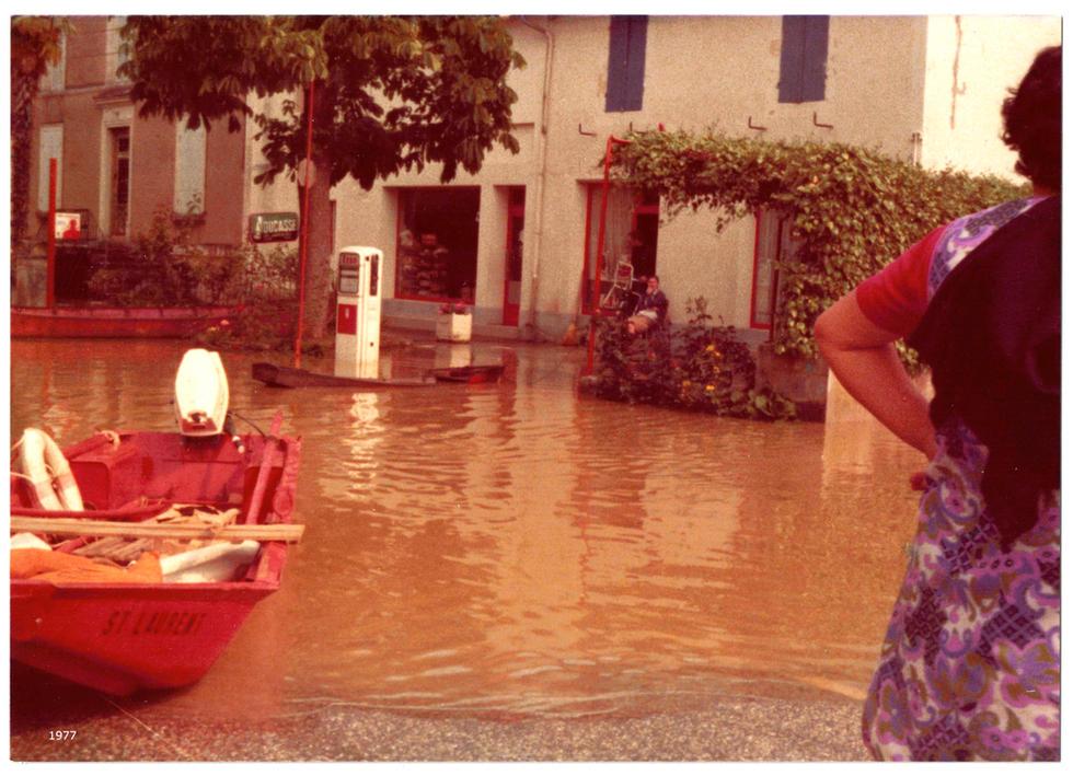 Inondation vue bistrot
