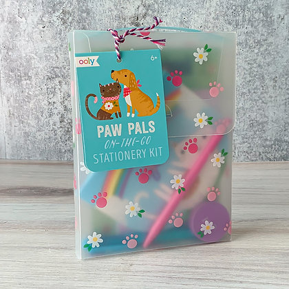 Paw Pals On-The-Go Stationary Kit