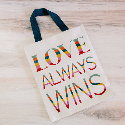 Daily Tote - Love Always Wins