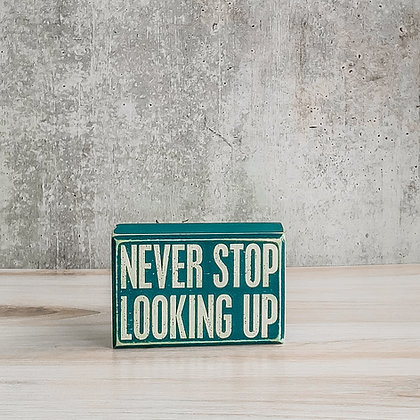 Never Stop Looking Up Box Sign & Sock Gift Set