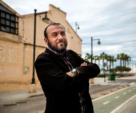 Felip Bens: «Es pot escriure un valencià pròxim seguint la normativa oficial»