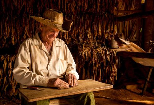cuban-cigars-3jpg