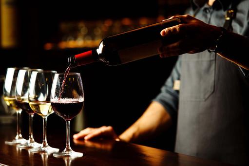 vespri-siciliani-boca-raton-wine-pour-2