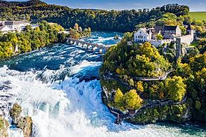 Rhine Falls or Rheinfall, Switzerland pa