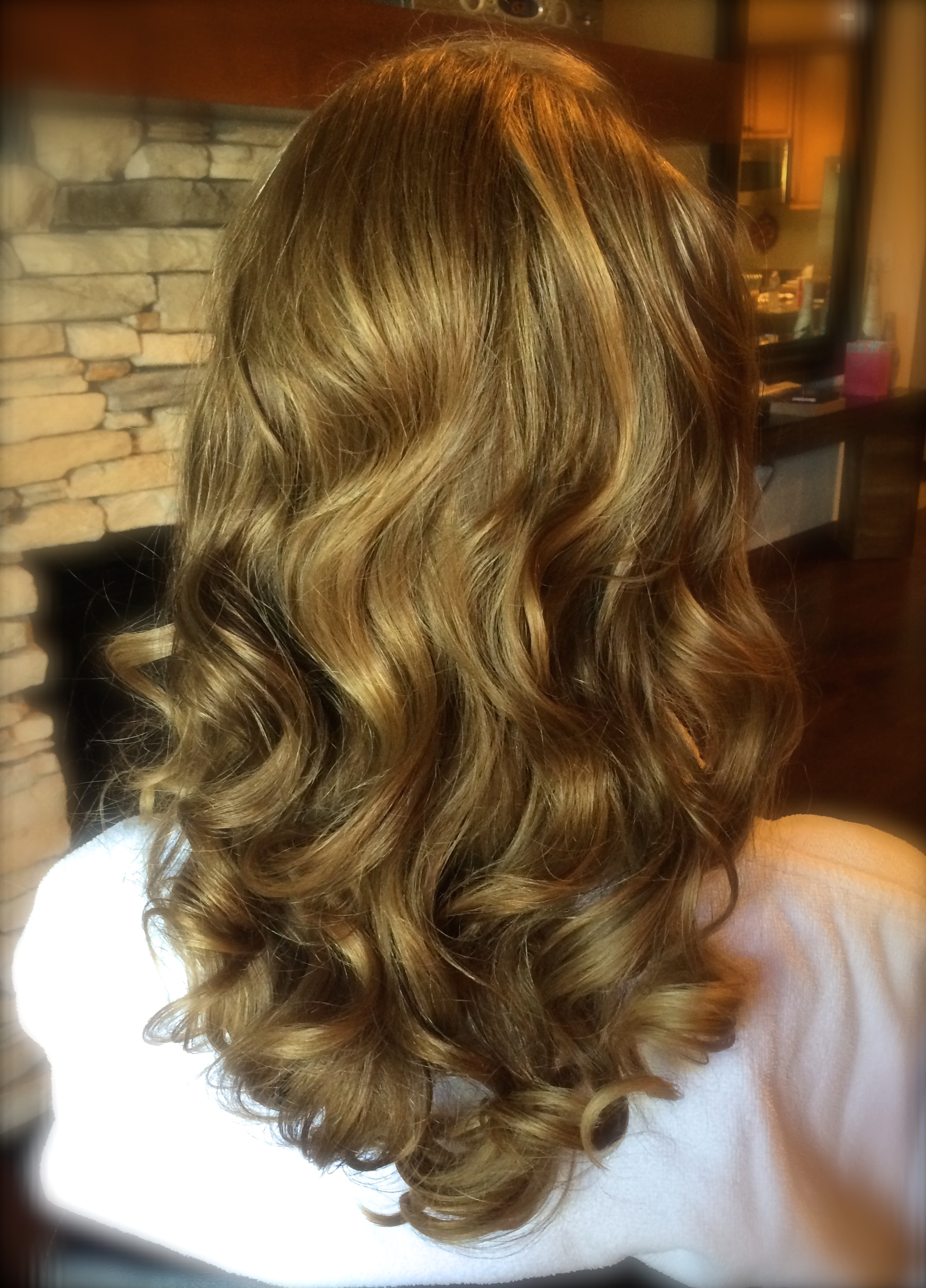 Bridal Hair Retro Wave