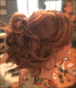 Bridal Hairstylist and Makeup Artist
