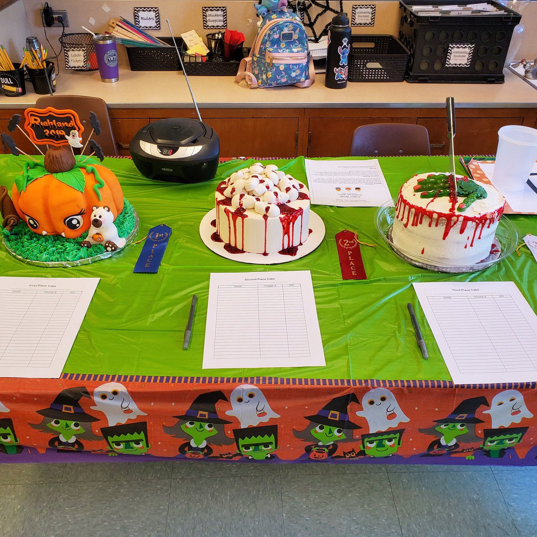 adults cakes.jpg