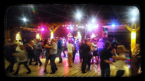 couples dance floor bsb_n.jpg