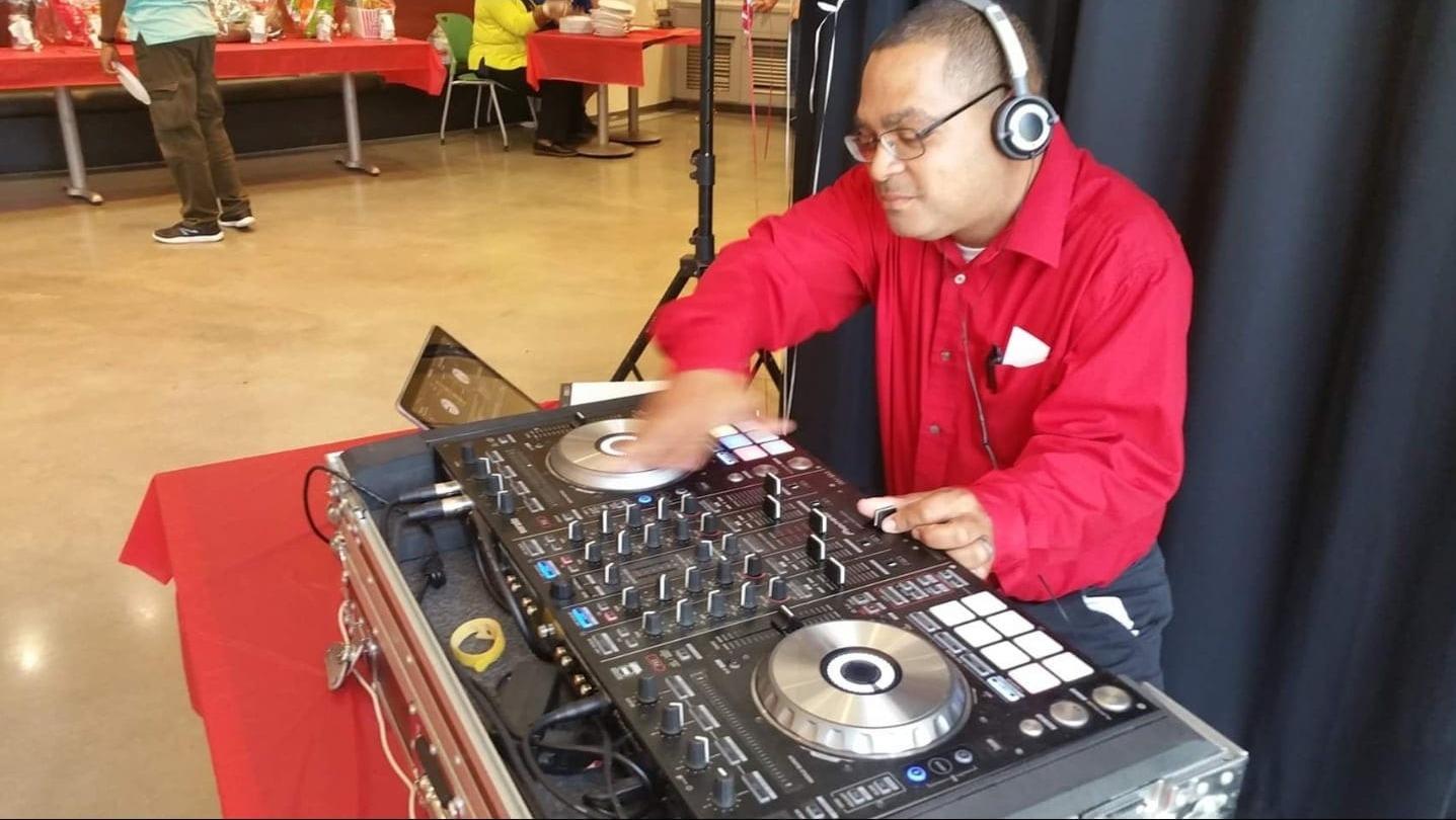 DJ Sammy Figgs