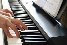 HP用大人ピアノ.JPG