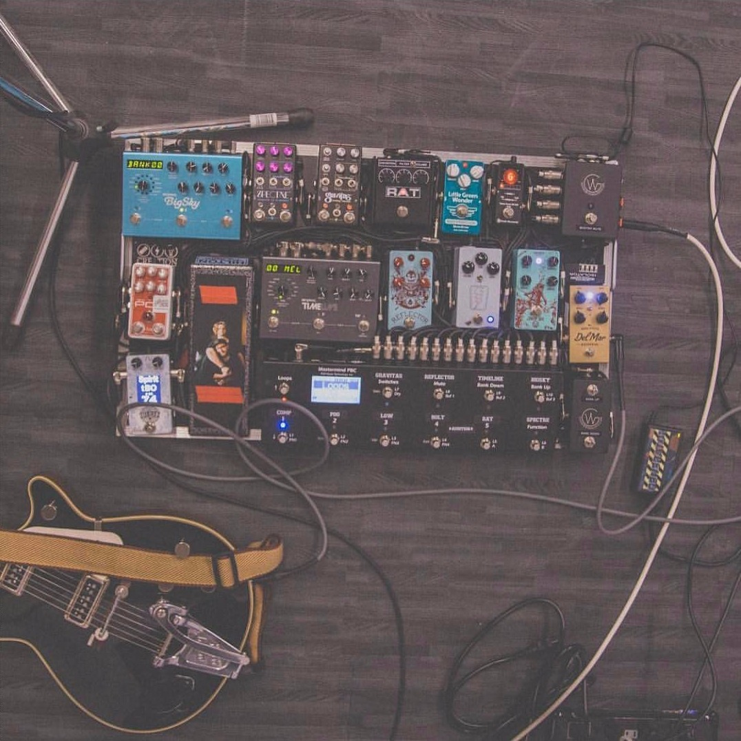 5 Guitar Pedalboards You Ve Heard In Christian Music