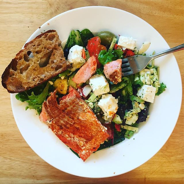 Lime Cilantro Salad with Grilled Salmon