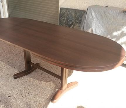 שולחן
