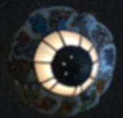 Beistell- Lampe , ca.25cm Tiffany-Glas und Muschelscheiben mit dem Tierkreis 2018