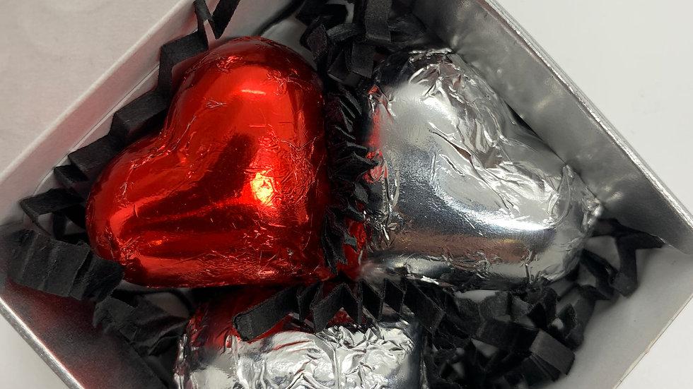 3 HEART TRUFFLES IN A MAXI BOX