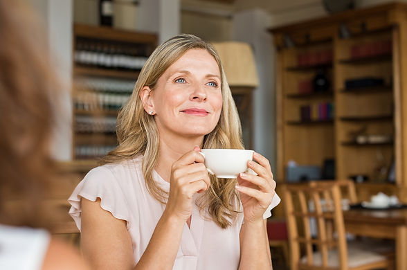Woman-thinking-over-coffee-658603432_212