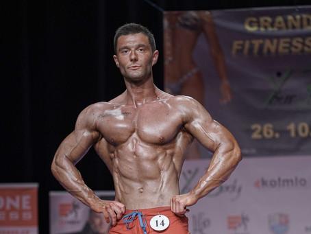 Cesta úspěšného závodníka v men 's physique a trenéra Dream Fit - Davida Plimla