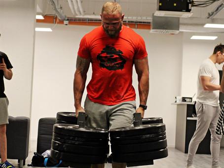 Co/kdo je to Strongman?