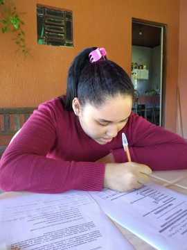 LARISSA DOS SANTOS SANCHES.jpg