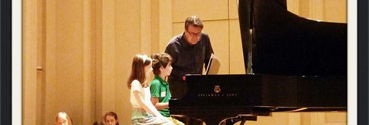 The solo piano works of Timothy Brown