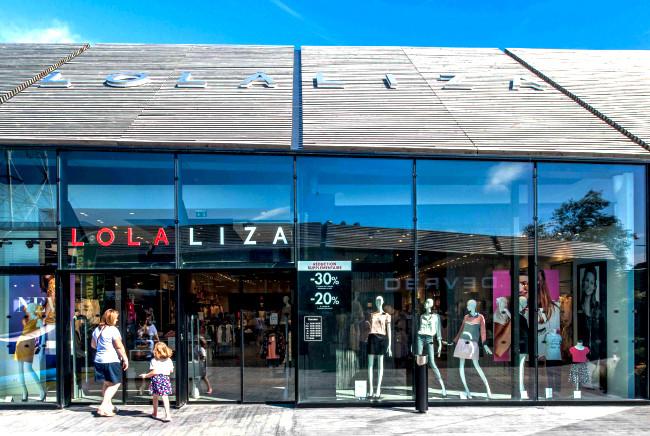 Lola Liza Tours - L&++.jpg