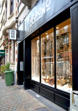 Hopono rue du Bailli by L&++ Interior architecture
