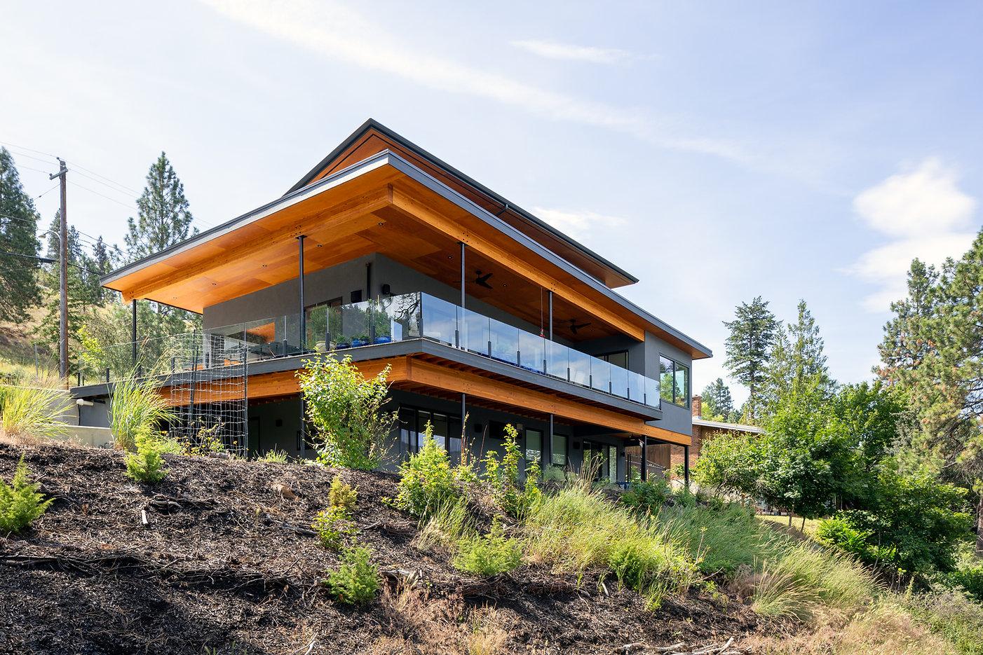 Knox-Mountain-House-Kelowna-Exterior-1.j
