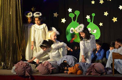 Christmas with the Aliens Dec 2016  (16)