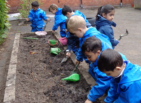 Forest School - Nursery - Mud Play