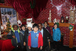 1 Vale's Trip to Hatton's Christmas Kingdom  (15)